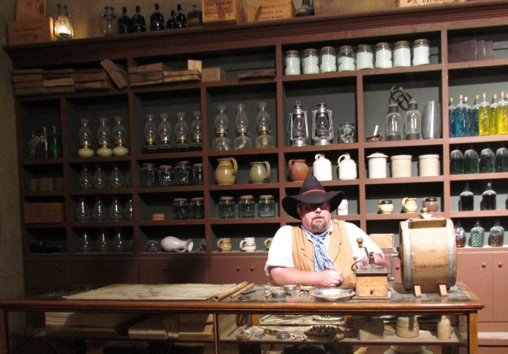 National, Oregon California Trail, museum, idaho, montpelier, trails, wagon, pioneer