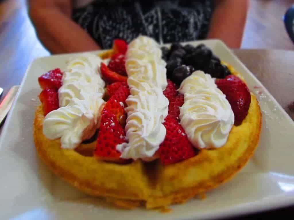 Gailey's Breakfast Cafe - Springfield restaurants - breakfast - waffles