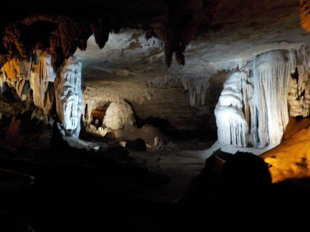 Springfield Missouri attractions - Fantastic Caverns - caves - tourist attractions - spelunking