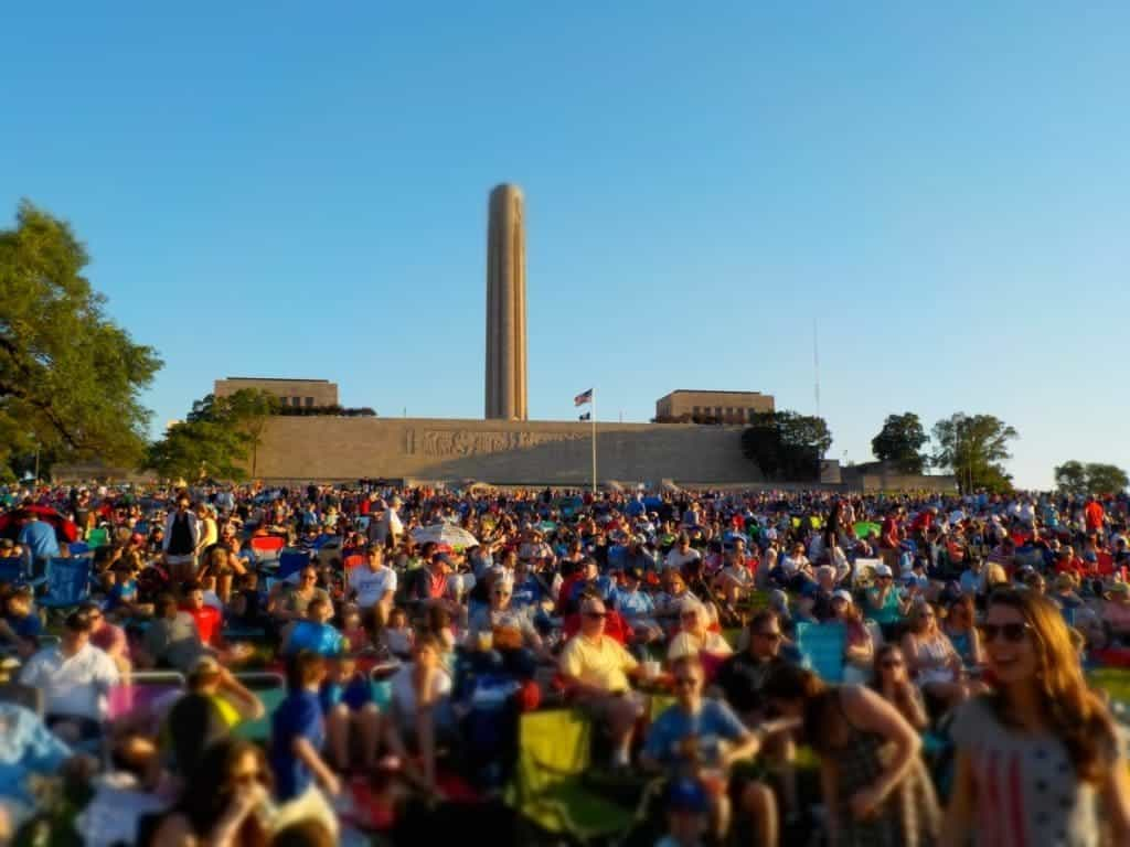 Crowd on the lawn in front of Liberty Memorial