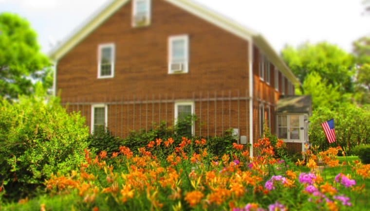 Buh Schloss-Amana Colonies-Iowa-AirBnB-lodging-Bed and breakfast