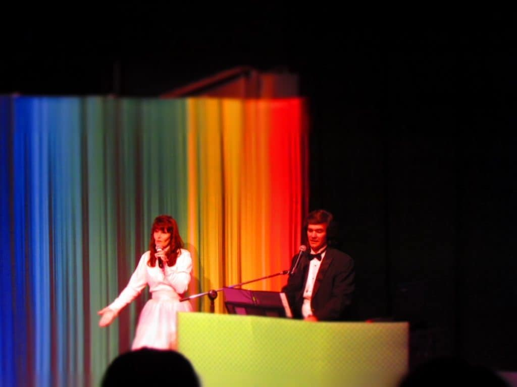 Husband and wife team perform as the Carpenters.