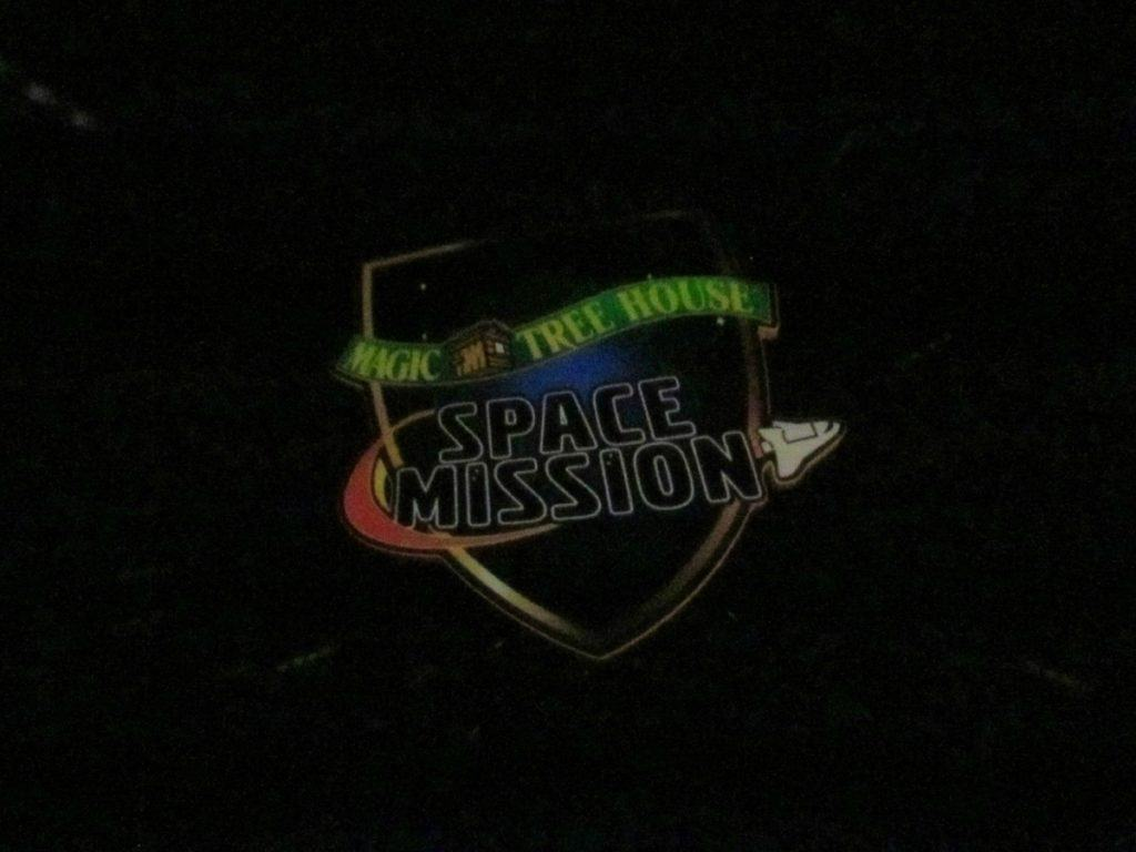 We attended the Magic Tree House: Space Mission show at the Gottlieb Planetarium.