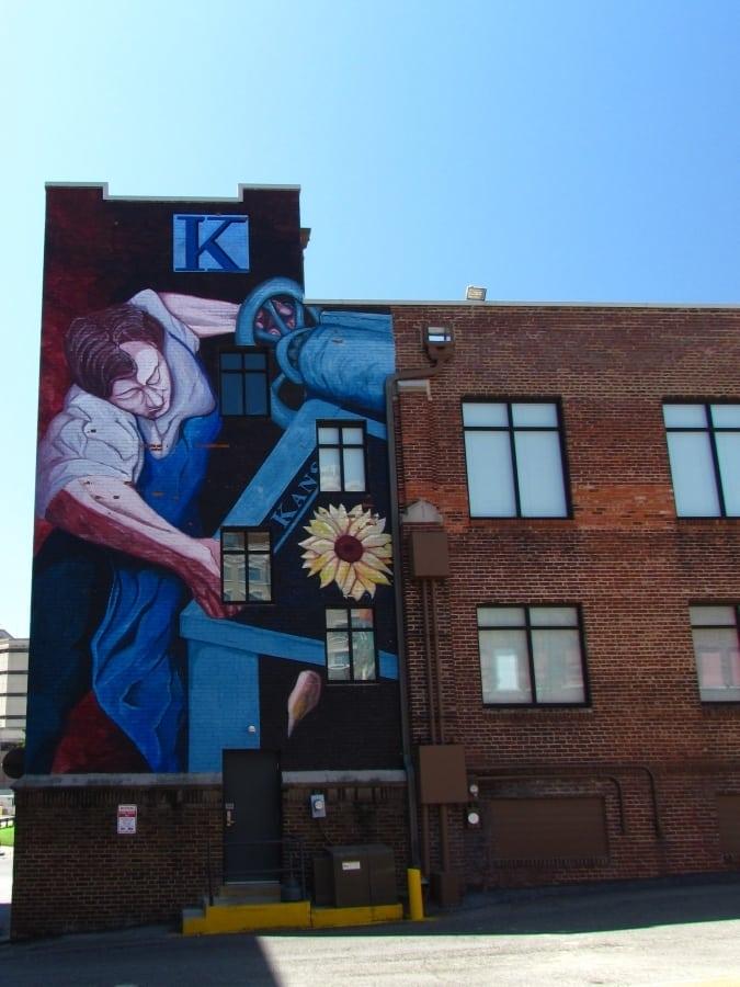 Kansan printer mural.
