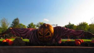 Worlds of Fun-Halloween Haunt-Halloween-scare-haunted house-scare zones