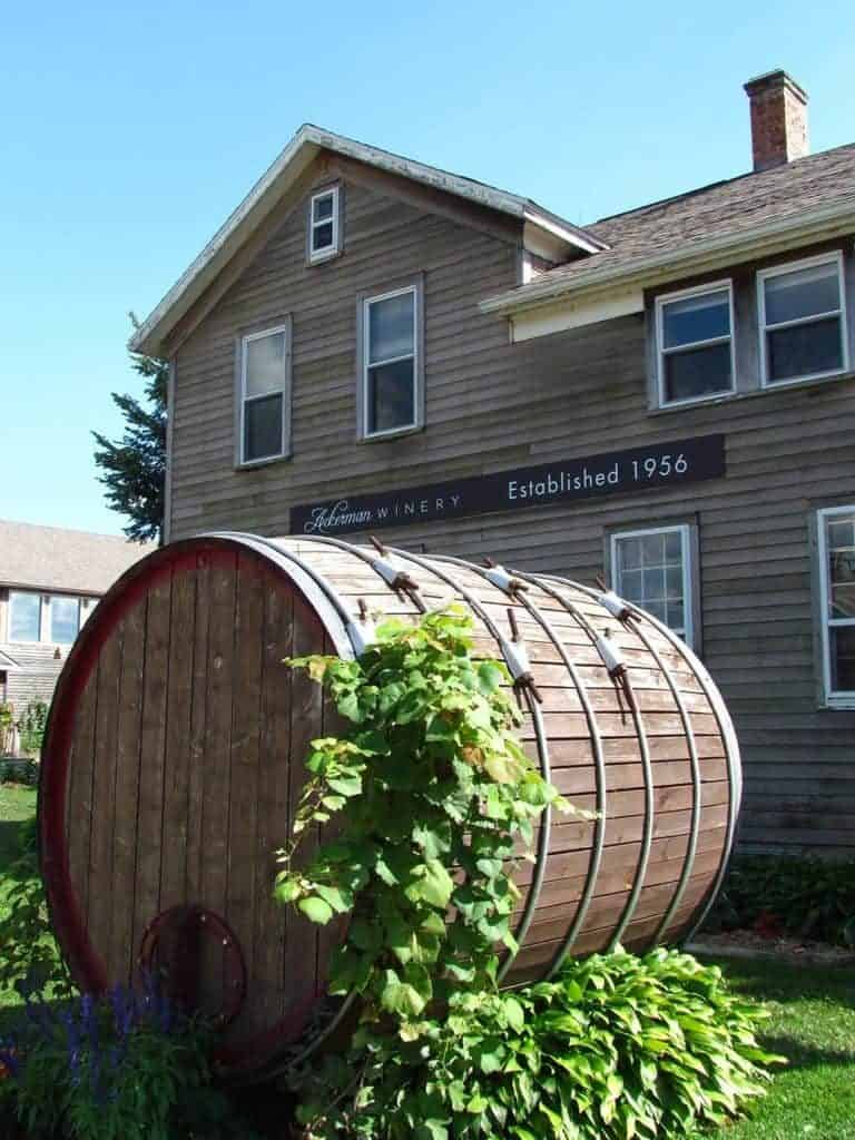 An oversized cask marks the entrance to Ackerman Winery.