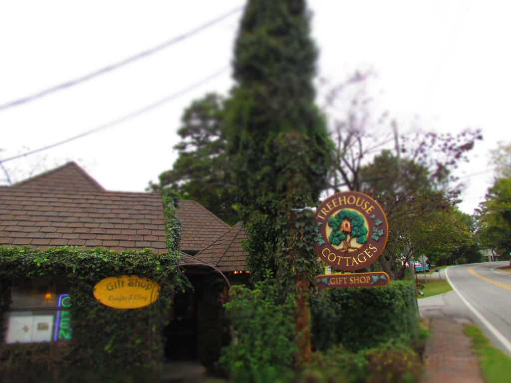Treetop Cottages-Eureka Springs-Arkansas-specialty lodging