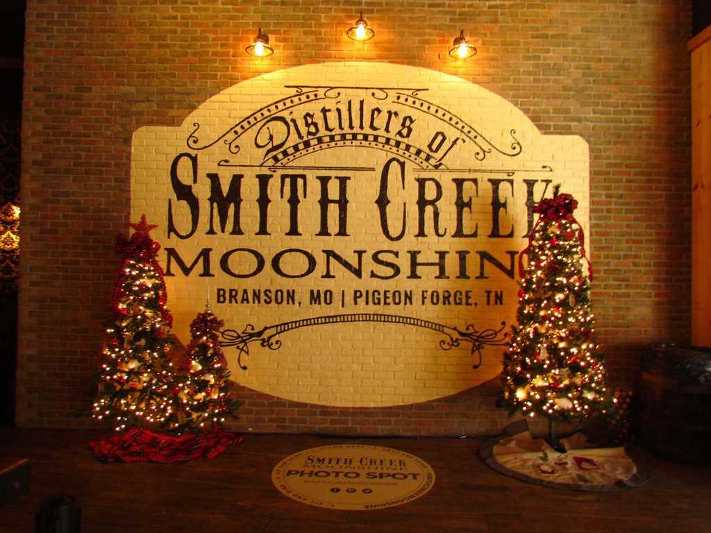 Smith Creek Moonshine-Branson Missouri-Branson Landing-moonshine-spirits-samples-Ozarks