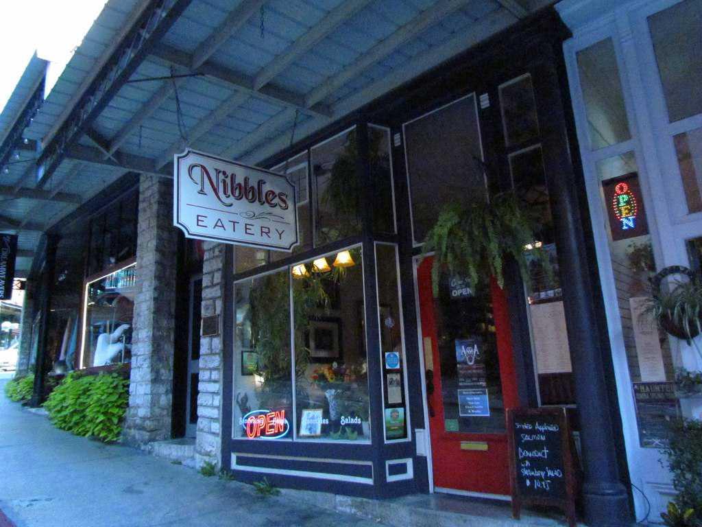 Nibbles Eatery-Eureka Springs-Arkansas-restaurant-breakfast-gourmet
