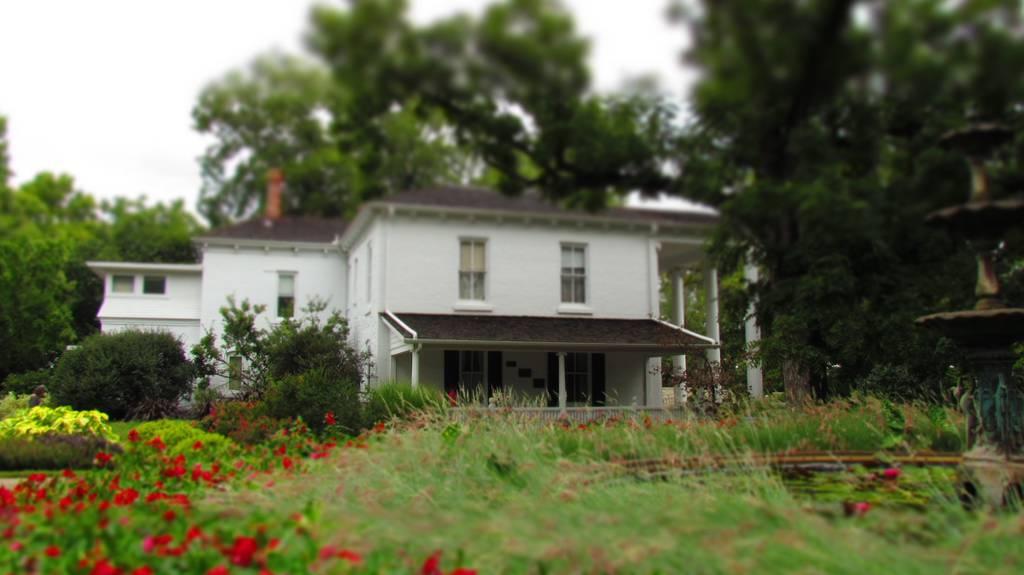 Ward Meade Botanical Garden-Topeka Kansas-gardens-flowers-Asian garden