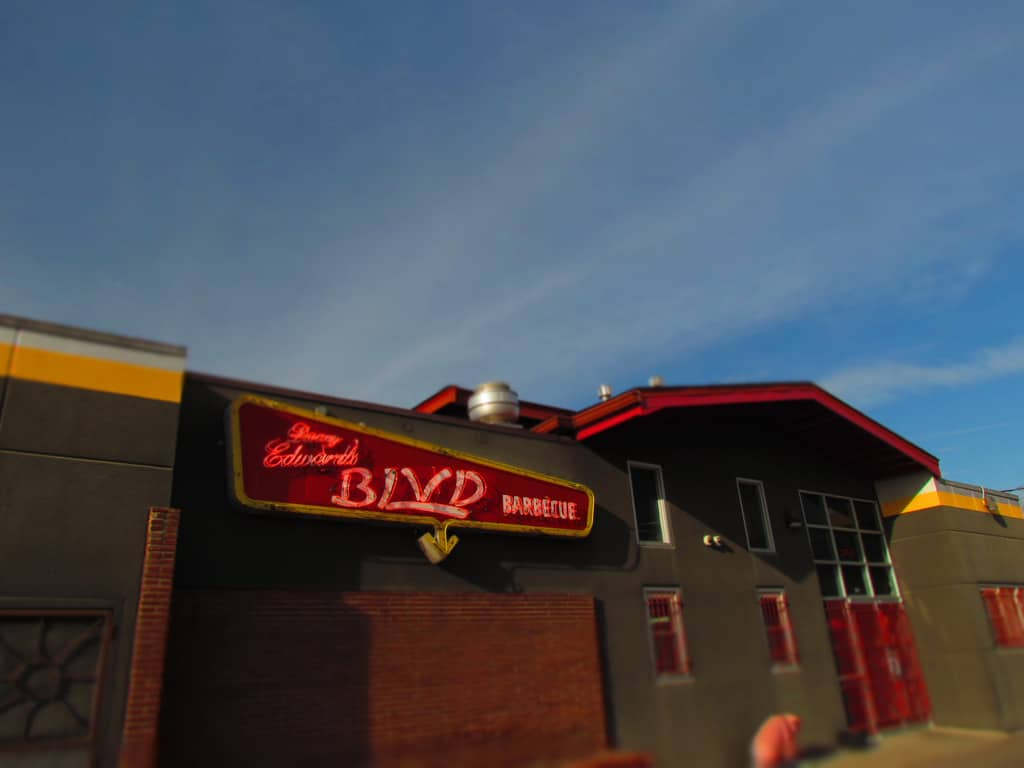 Danny Edwards Blvd BBQ-Kansas City BBQ-restaurant-dining-smoked meat