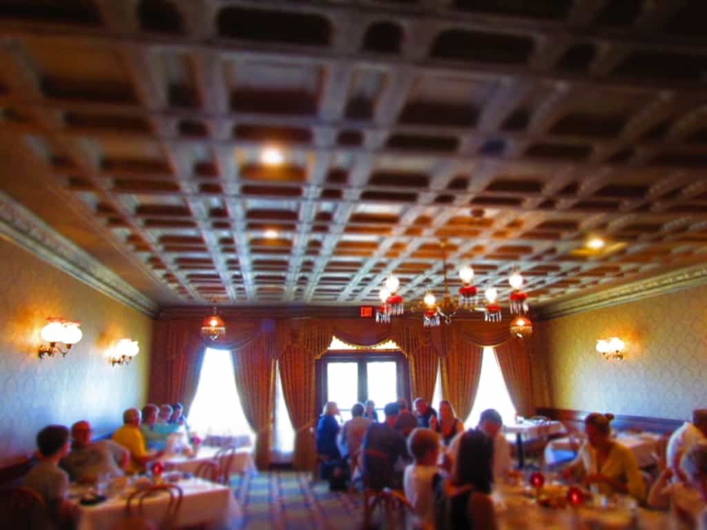 The spacious dining rooms make for a relaxed dining atmosphere.