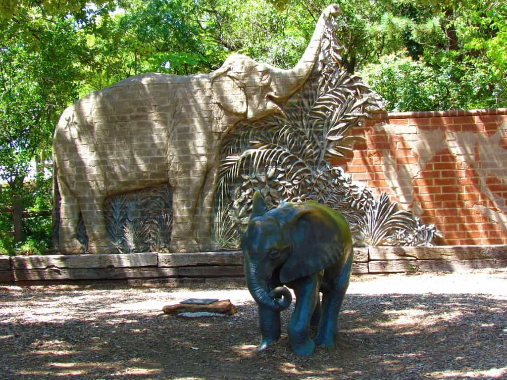 The area leading to the elephant enclosure is well decorated at the Oklahoma City Zoo.