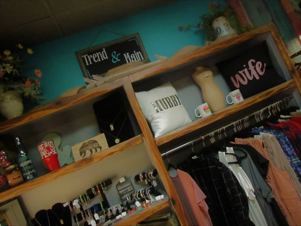 We enjoyed shopping in the little boutiques we found in Chanute, Kansas.