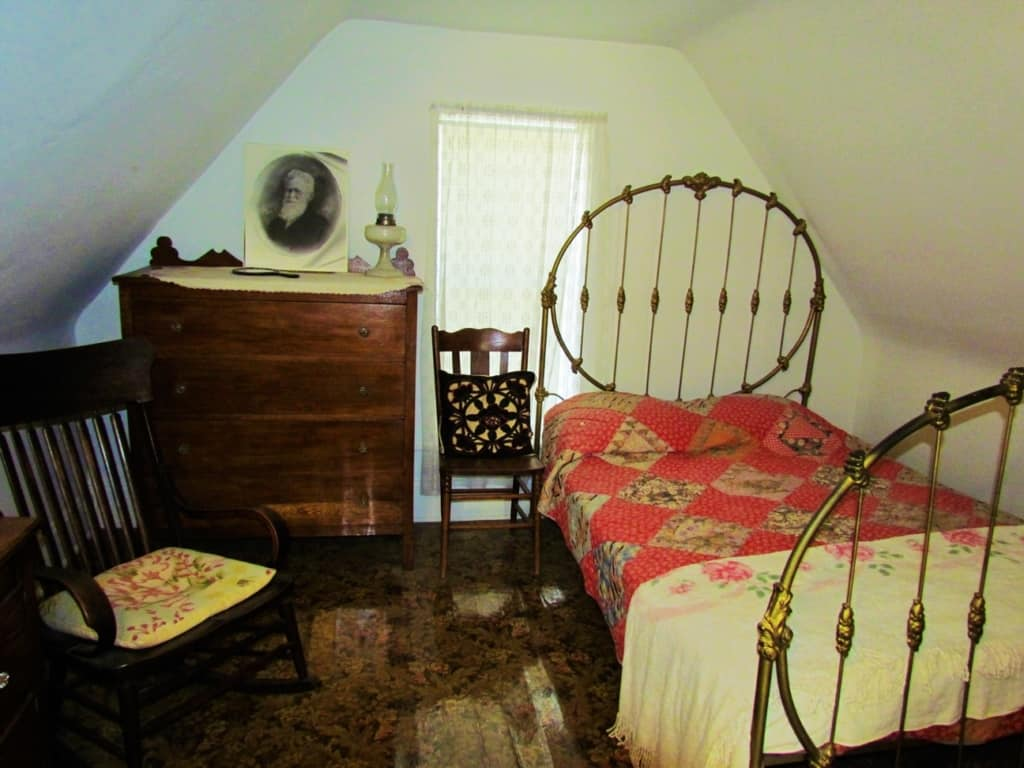One of the twelve rooms in the home that S.P. Dinsmoor constructed in Lucas, Kansas.
