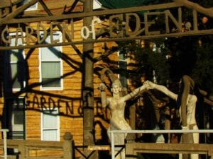 The Garden of Eden, in Lucasm kansas, is an attraction that draws thousands of visitors per year.
