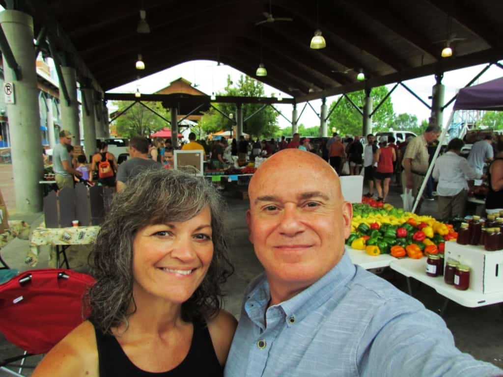 The authors pose for a selfie at the farmers market in Little Rock, Arkansas.