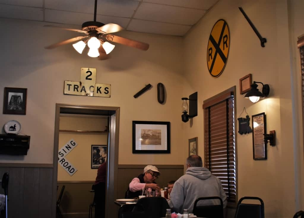 Pullman Place is a favorite with locals and travelers looking for homestyle eats.