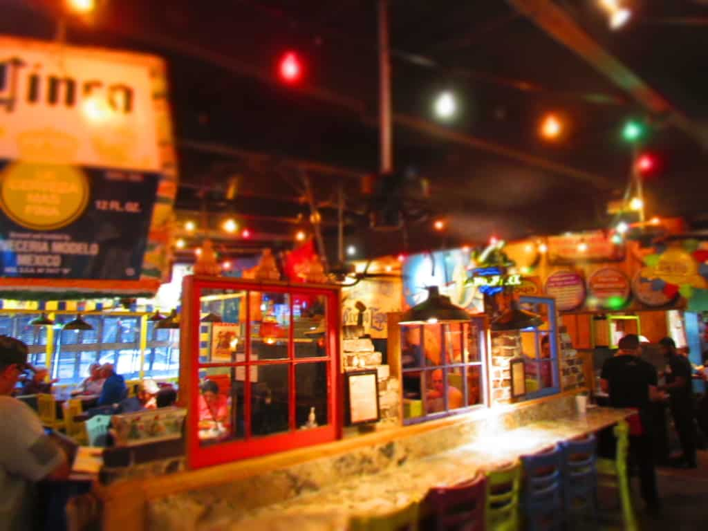 Stepping into No Way Jose's our spirits were immediately lifted by the bright color palette of the decor.