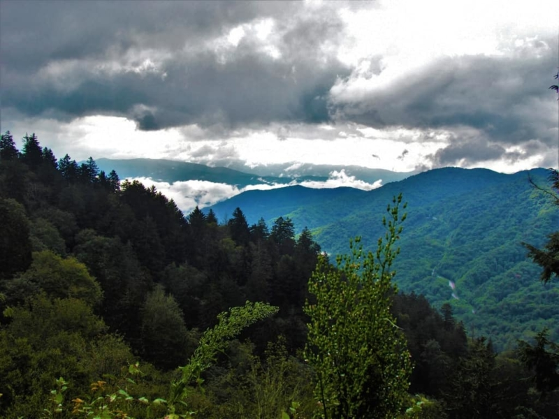 The views of the Appalachian Mountains is impressive during a cruise along the Blue Ridge Parkway.