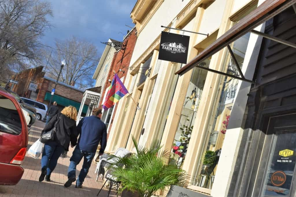 Couples enjoy a relaxed day of shopping on Main Street Parkville.