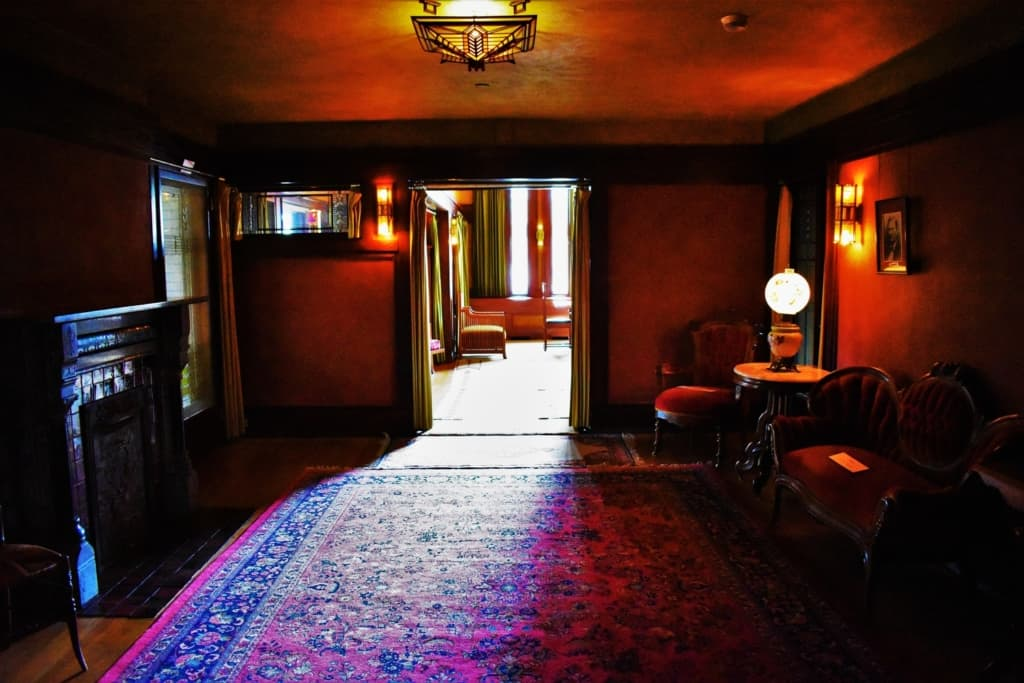 Sara Lawrence Dana requested that one room remain unchanged during the remodel performed by Frank Lloyd Wright.