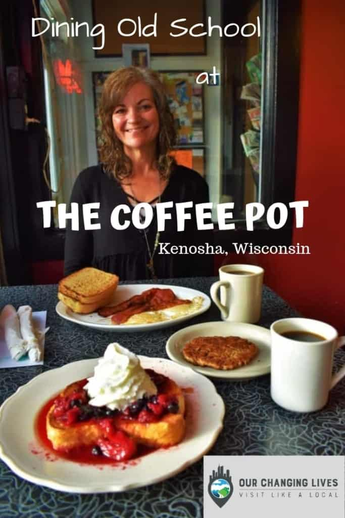 Dining Old School-The Coffee Pot-restaurant-breakfast-Kenosha, Wisconsin-dining-travel blogger