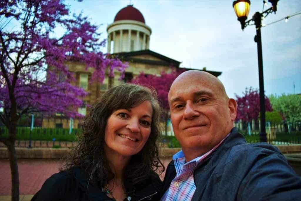 The authors pose for a selfie in front of the Old State House in Springfield, Illinois.