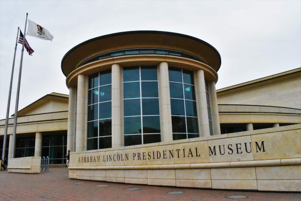 A visit to the Abraham Lincoln Presidential Museum, in Springfield, Illinois, had us immersing in history that centered on the 16th President's life.