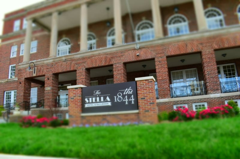 The Stell Hotel, in Kenosha, Wisconsin, is a newly renovated boutique lodging option just blocks from the shores of Lake Michigan.