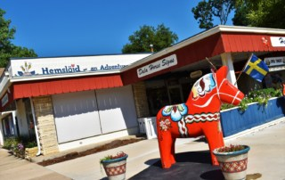 Visiting Hemslojd, in Lindsborg, gave us a chance to learn the Dala horse history.