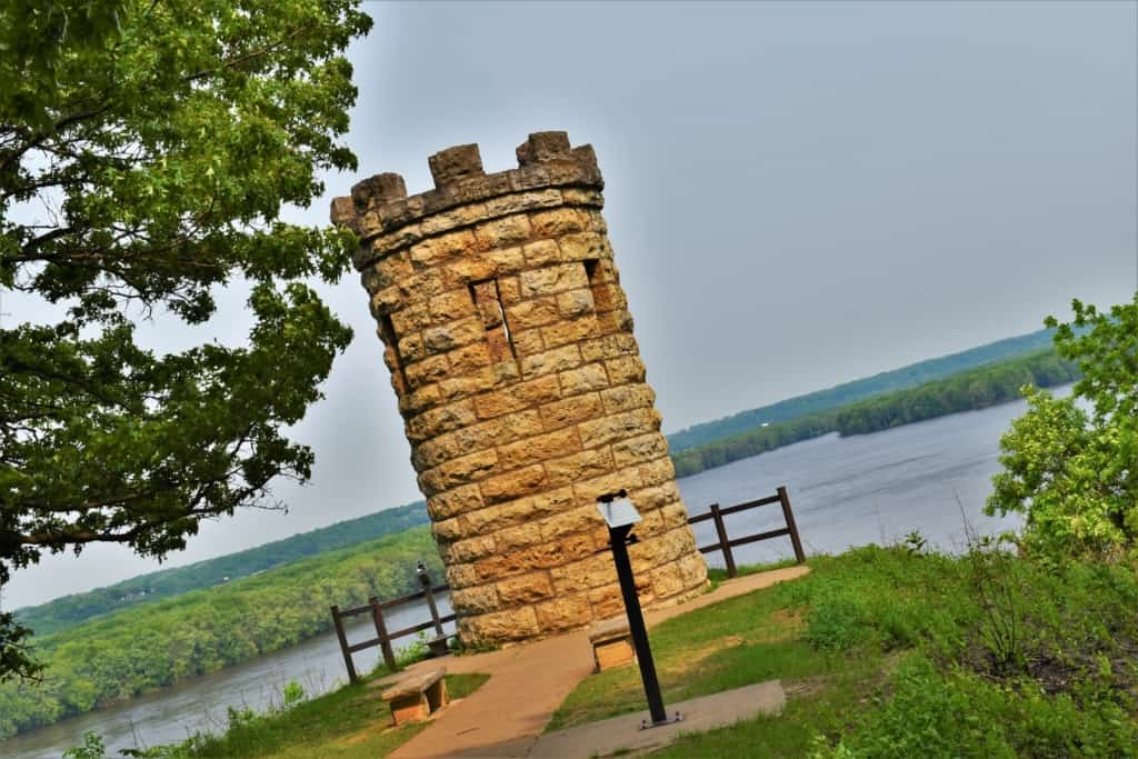 A monument to Julien Dubuque offers breathtaking views of the Mississippi River valley below.