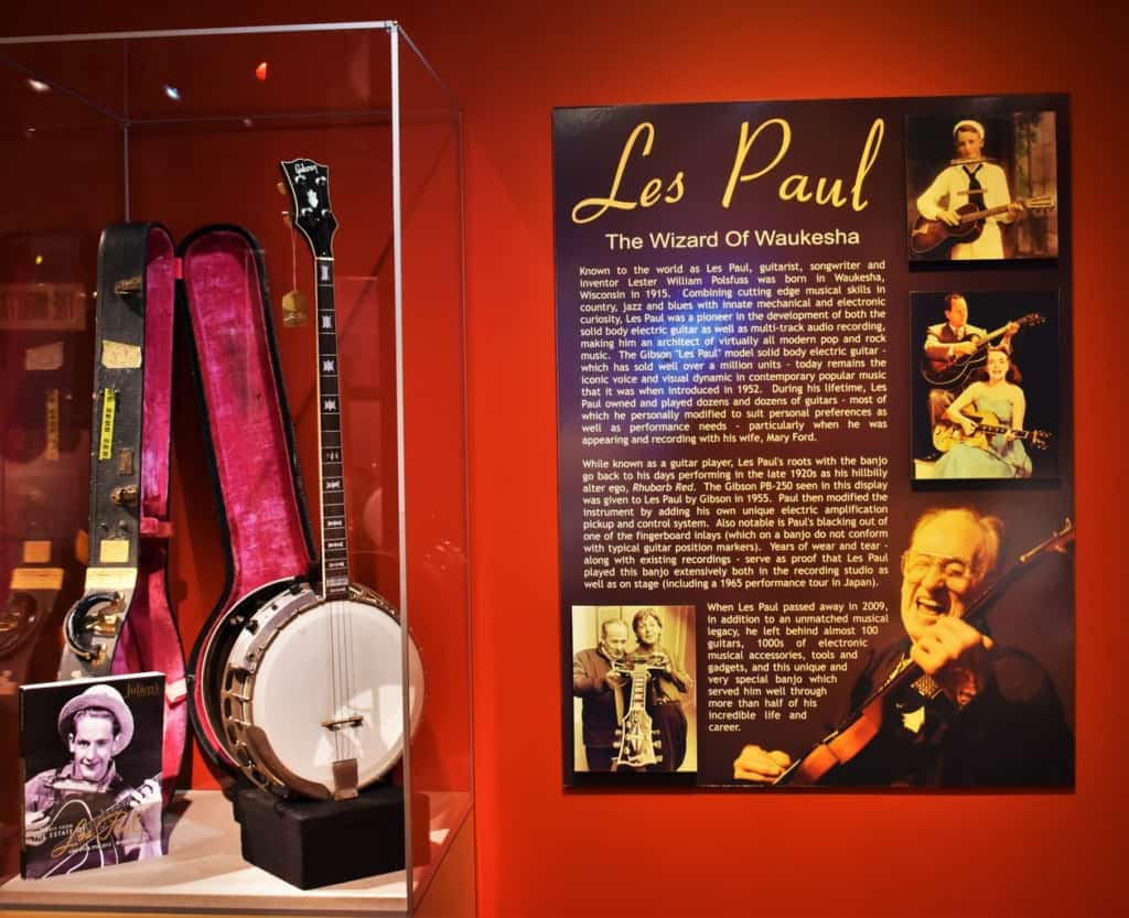 Many people do not realize that Les Paul was picking and grinning in a duo back in the 1920's.