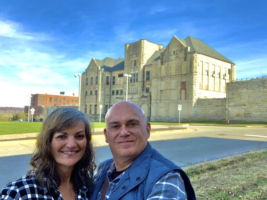 The authors find themselves back in the outside world after completing a tour of the Missouri State Penitentiary.