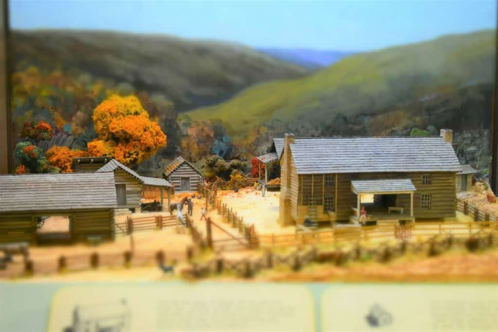 A farm diorama shows life in Missouri during the mid 1800's.