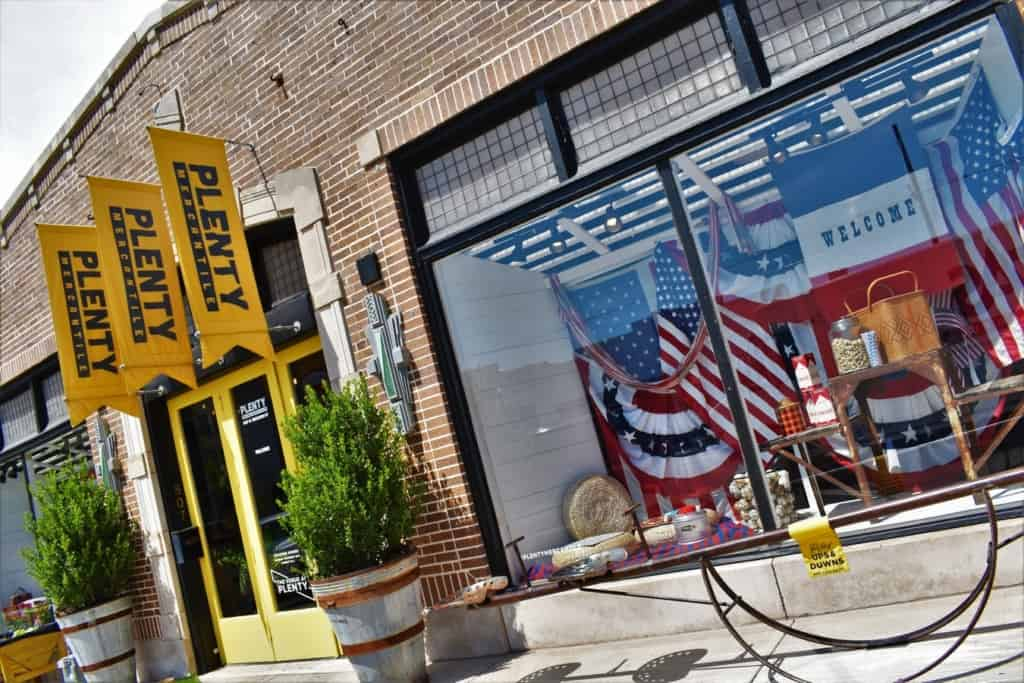 Automobile Alley is an artistic and shopping district located in downtown Oklahoma City.