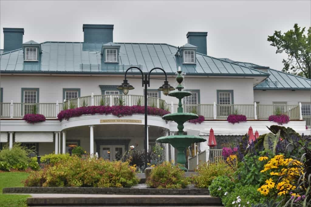 Manoir Montmorency is a sprawling estate that overlooks the Montmorency falls region.