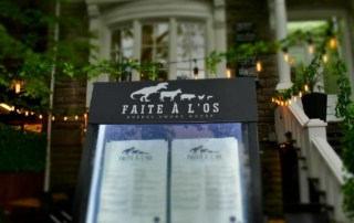 Faite a l'os is a modern barbecue joint in the heart of Quebec City.