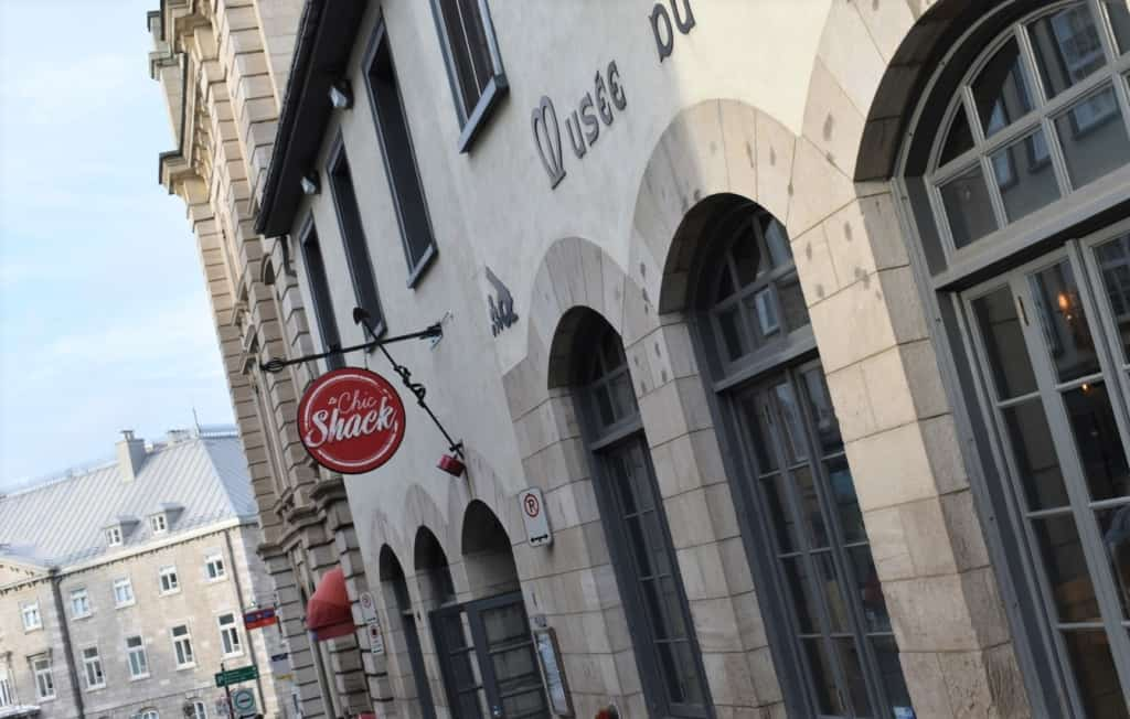 Le Chic Shack is conveniently located in the heart of the historic district of Old Quebec City.