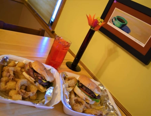 Hole In The Wall Dining – Grandstand Burgers