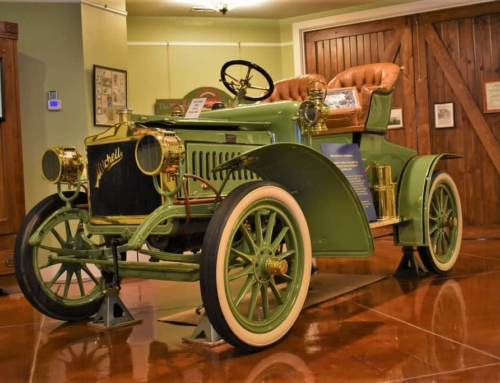Mitchell Car Museum – Coloring The Past