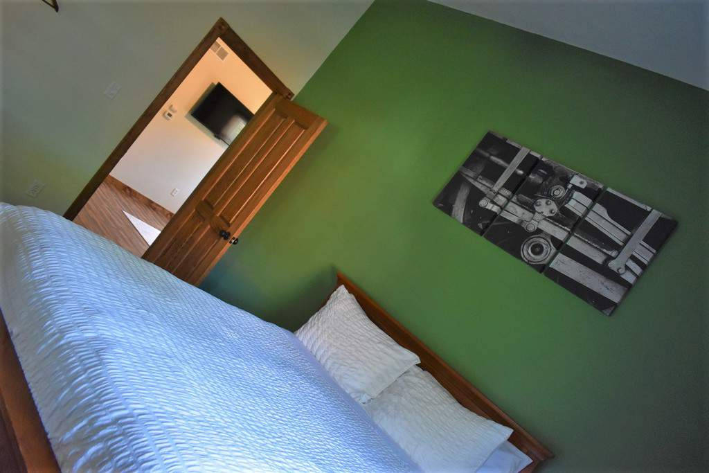 The bright colors and inviting atmosphere made Trailhead Suites the perfect homebase for exploring Marysville.