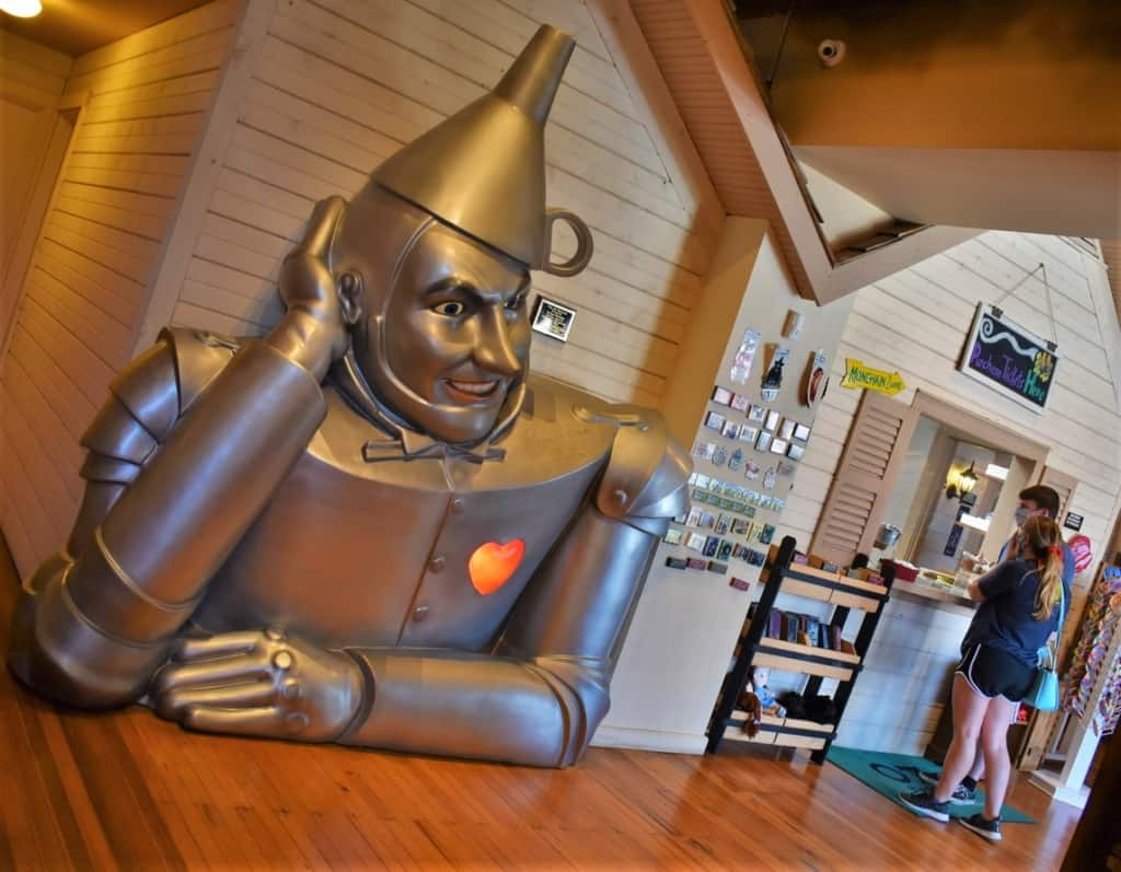 A visit to the Oz Museum can include some time in the gift shop.