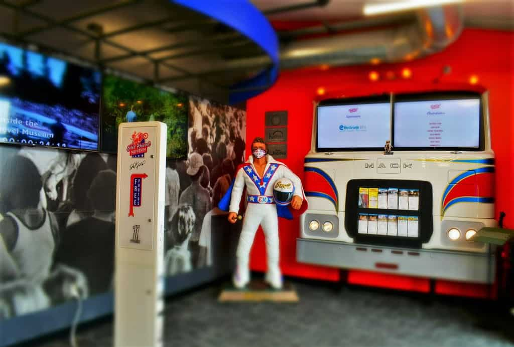 Always the showman, Evel Knievel was a flamboyant personality.