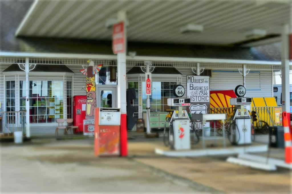 The businesses that survive along Route 66 face an onslaught of competition from the interstates.