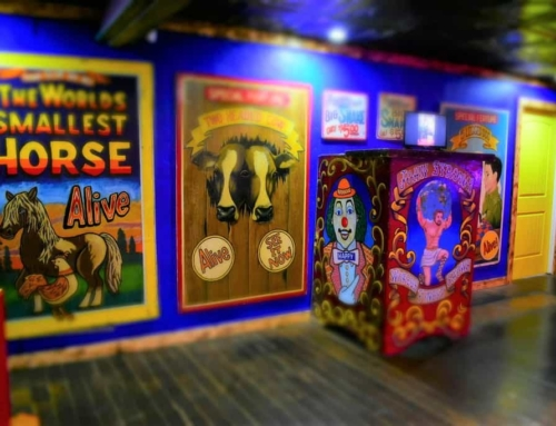 Uranus Sideshow Museum – Throwback To Carnival Days
