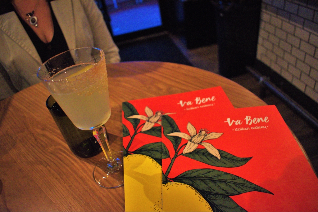 Va bene is a new choice for a Happy hour date for us.