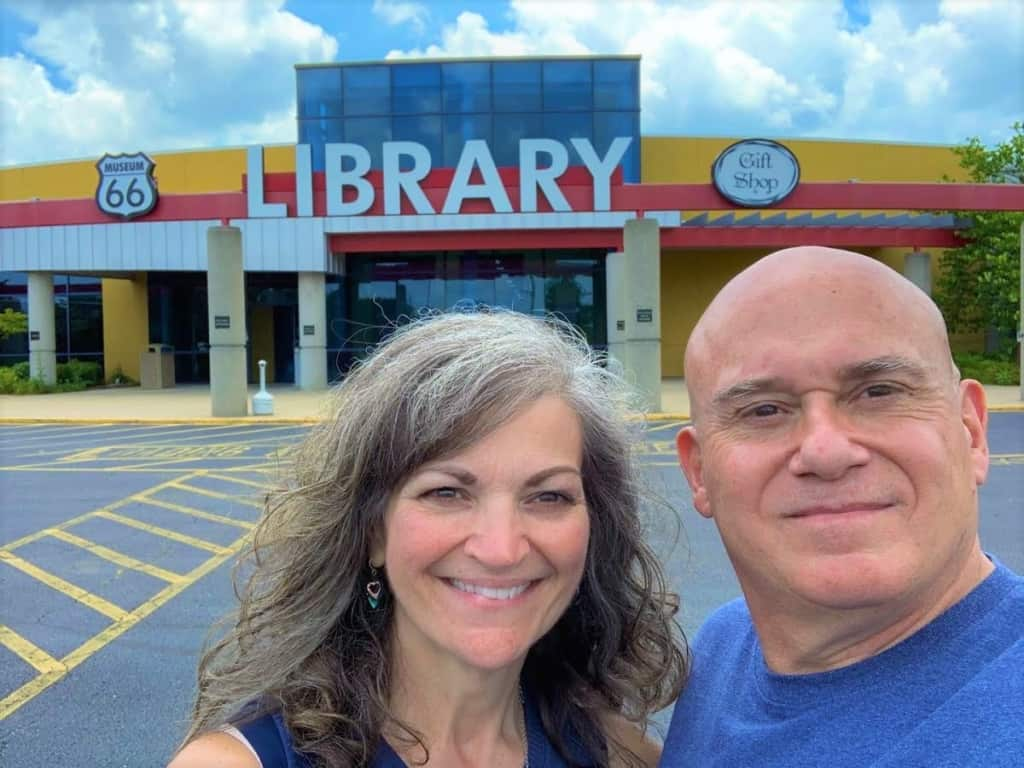 ZThe authors pose for a selfie in front of the Route 66 Museum in Lebanon, Missouri.