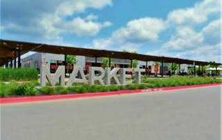 The 8th Street Market is a food hub that welcomes diners with a variety of choices.